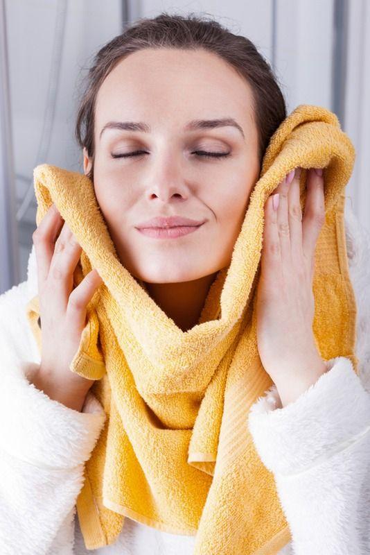 Cách vệ sinh khăn mặt đúng cách