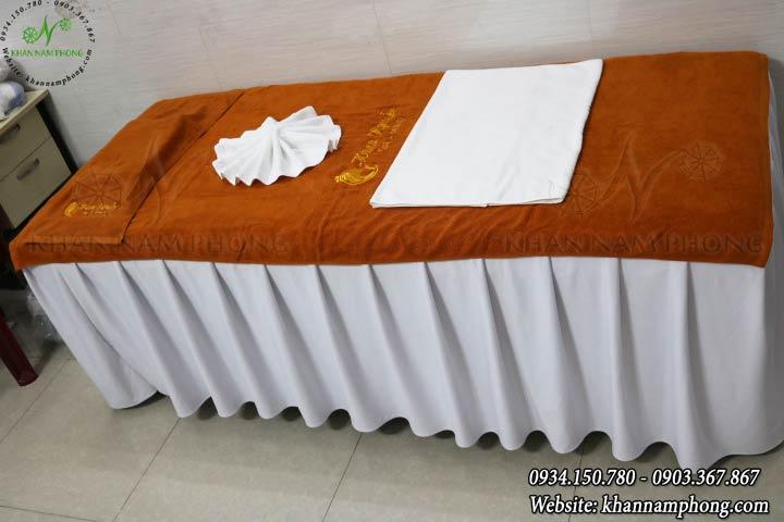 Mẫu khăn trải giường Hana Nguyễn - Da Bò (Cotton)