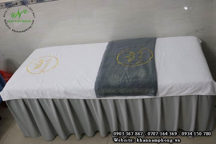 Bộ khăn trải giường spa màu trắng xám