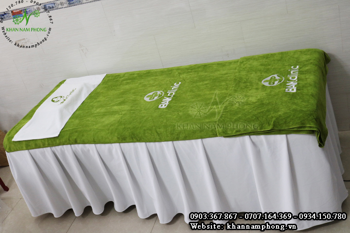 Mẫu khăn trải giường BAK clinic - Xanh Lá (Microfiber)