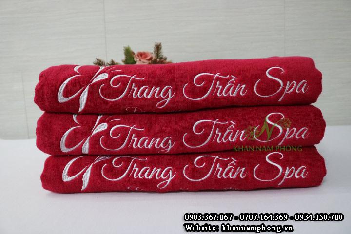 Mẫu khăn body Trang Trần Spa - Màu Đỏ - (Cotton)