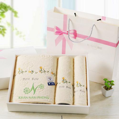 Bộ khăn quà tặng - quà tặng ý nghĩa 8 -3 cho đồng nghiệp nữ, nhân viên trong công ty