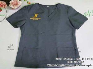 đồng phục spa của Huyền Homespa màu xám