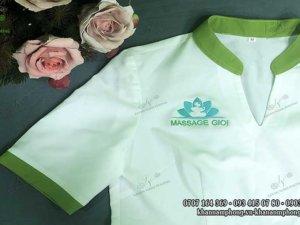 đồng phục spa màu trắng cotton của Massage GIOI