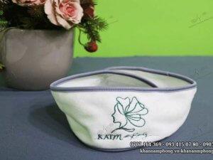 băng đô spa của KATMedi Beauty màu xám & trắng chất liệu microfiber