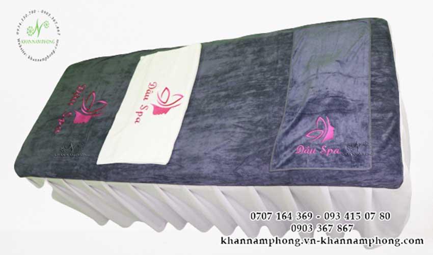 Mẫu khăn trải giường Dâu Spa (Xám - Microfiber)