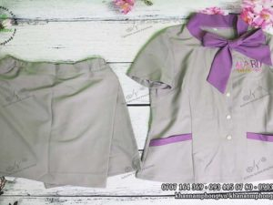 Dồng phục Spa của Haru Beauty Center chất liệu Cotton màu xám&tím