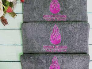 khăn Divine Studio Yoga&Center - màu xám chất liệu cotton