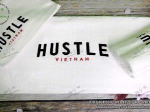 Khăn GYm của Hustle màu trắng chất liệu Cotton