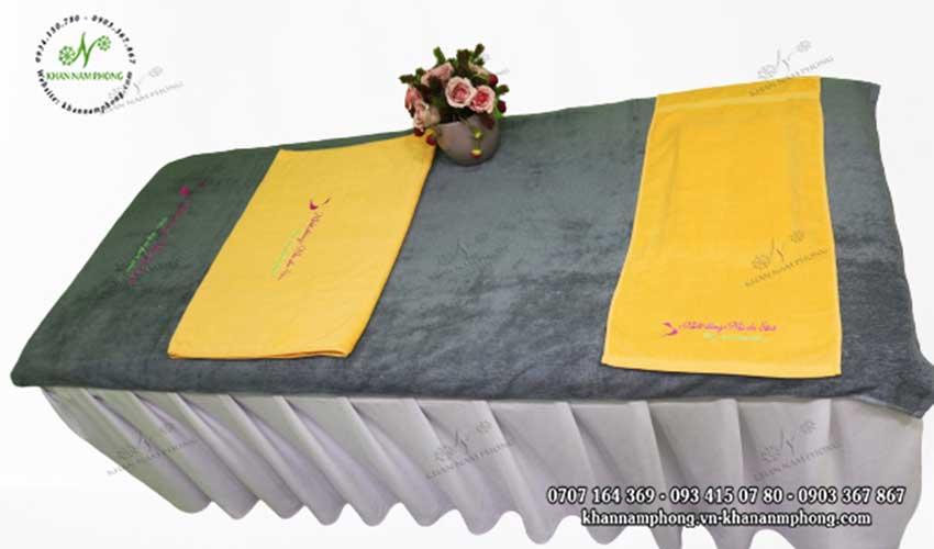 Mẫu khăn trải giường Nhất Dáng Nhì Da Spa (Vàng & amp; Xám - Cotton)