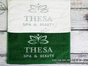 Khăn quấn tóc của THESA Spa & Beauty chất liệu Cotton, màu Trắng và xanh lá
