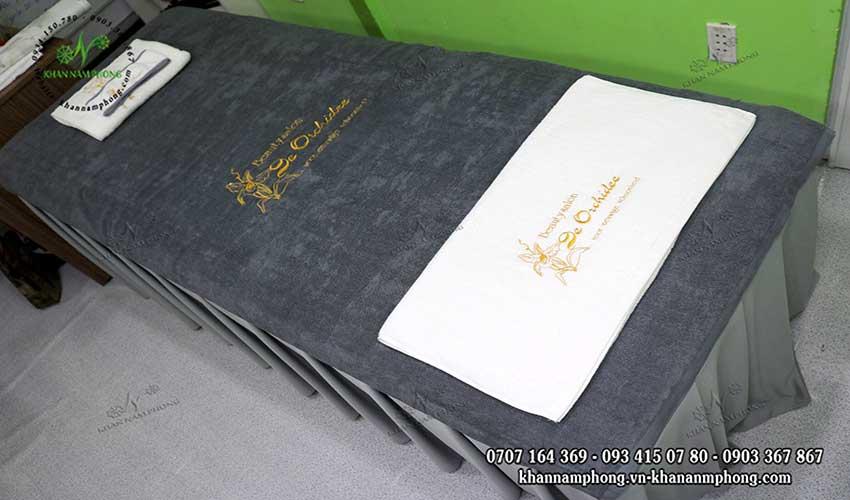 Mẫu khăn trải giường De Orchide Beauty Salon (Trắng & Xám - Cotton)
