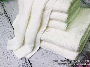 Khăn khách sạn Diễm Minh chất liệu cotton trắng