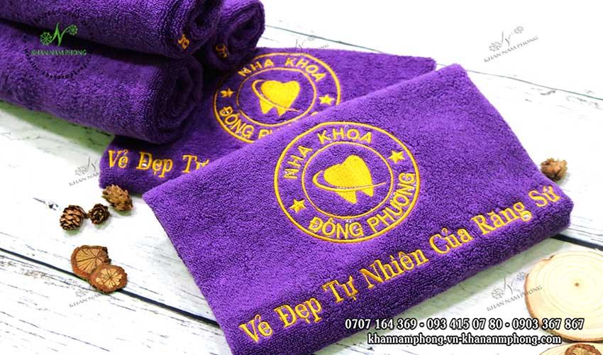 Mẫu khăn lau tay Nha Khoa Đông Phương (Tím - Cotton)