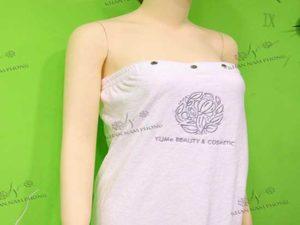 Váy quây YUMe Beauty & Cosmetic màu trắng, chất liệu microfiber