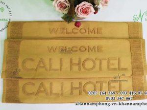 Thảm chân khách sạn Cali Hotel màu nâu chất liệu cotton