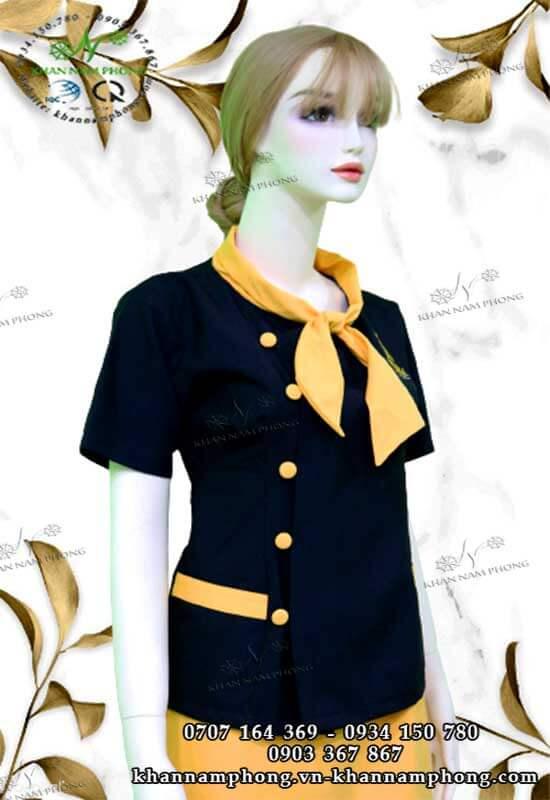 Đồng phục spa Cheonsa Beauty & Clinic màu đen & vàng với chất liệu cotton