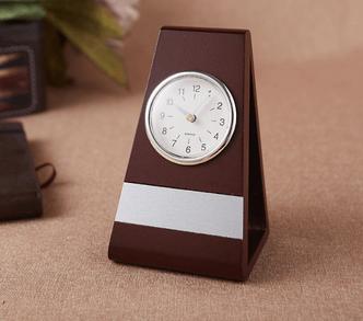 Đồng hồ để bàn - Quà tặng 8/3 cho công nhân, nhân viên nữ